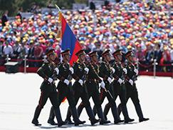 老挝人民军代表队[组图]