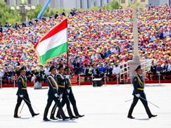 塔吉克斯坦武装力量方队[组图]